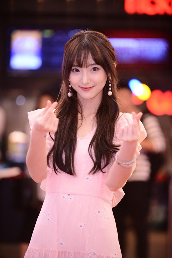"""Nữ diễn viên Thái Lan Nene: """"Tôi xem Lý Hải, Minh Hà như bố mẹ"""" - 1"""
