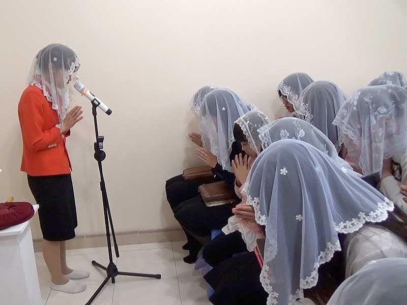 Khắp nơi xáo trộn vì Hội thánh Đức Chúa Trời - 1