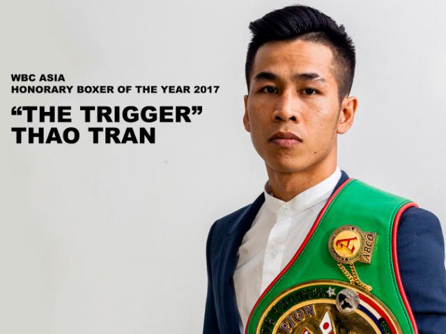 Siêu võ sỹ châu Á Trần Văn Thảo hạ knock - out đối thủ Thái Lan, được vinh danh lịch sử