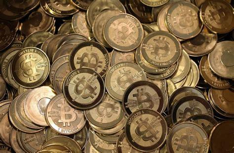 Bitcoin liên tục lao dốc - 1