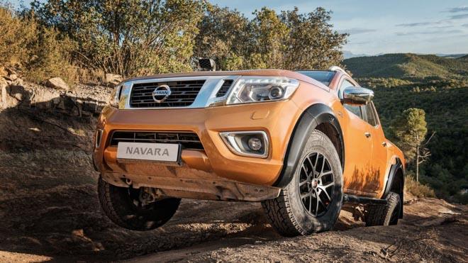 Nissan Navara ra mắt phiên bản off-road AT32 - 1