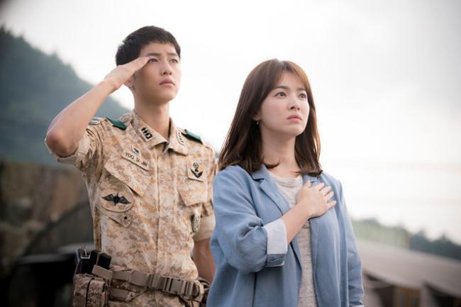 Hậu Duệ Của Mặt Trời - Hàn Quốc (2016)