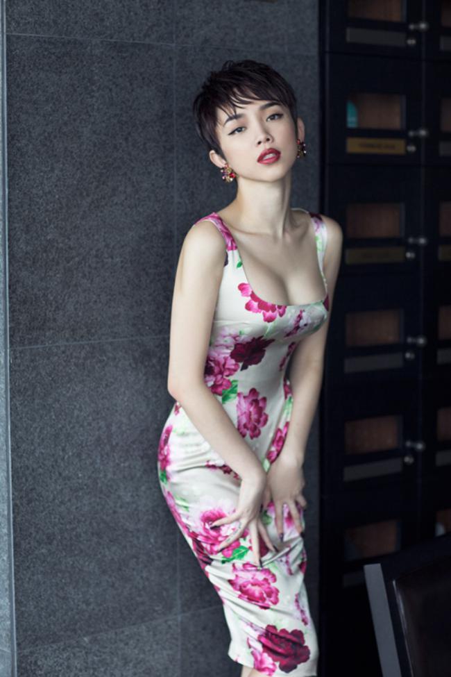Tóc Tiên không chỉ gây ấn tượng với giọng hát giàu nội lực, gương mặt xinh đẹp mà còn được ngưỡng mộ bởi số đo ba vòng hoàn hảo.