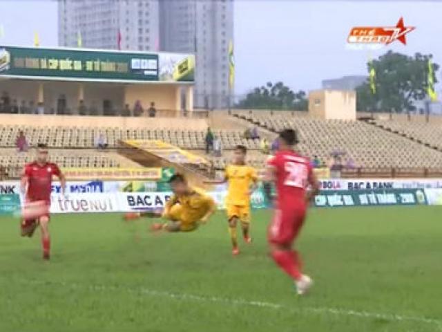 SLNA  - TP. HCM: Thẻ đỏ oan trái, định đoạt nhờ sao U23 Việt Nam