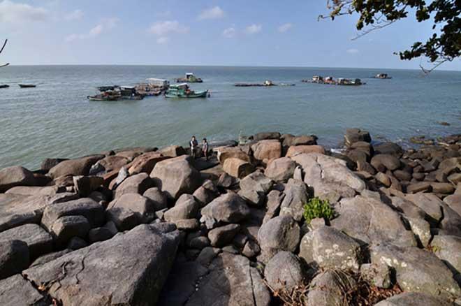 """Kiên Giang trục xuất nhóm người truyền đạo """"lạ"""" ra khỏi huyện đảo - 1"""