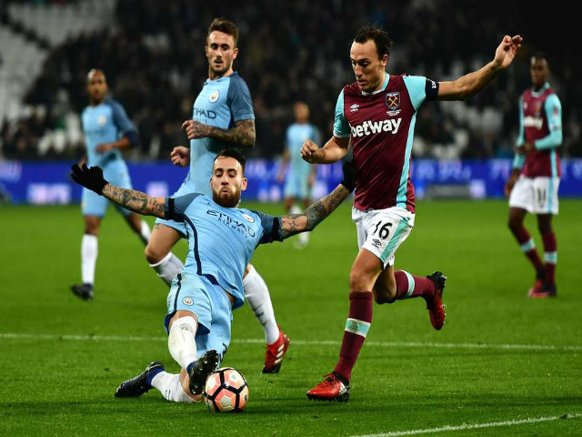 """West Ham – Man City: Pep Guardiola """"bắn phá"""" trùm kỷ lục"""