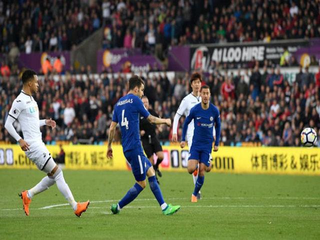 Swansea - Chelsea: Giằng co nghẹt thở, siêu phẩm định đoạt
