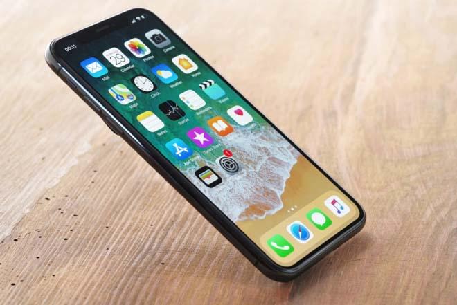 """Chỉ """"ném tiền qua cửa sổ"""" mới mua iPhone X hiện nay - 1"""