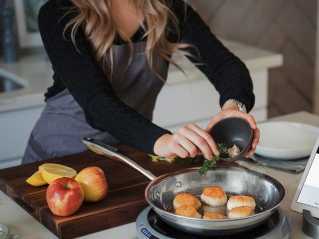 14 mẹo nấu nướng dù vụng đến mấy bạn cũng làm được