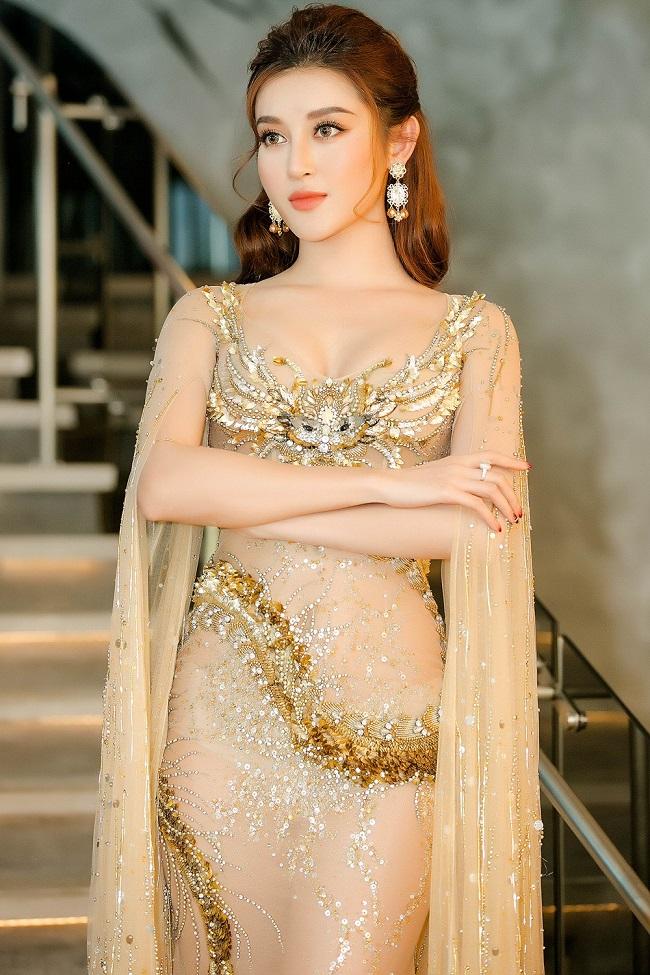 Global Beauties vừa công bố 4 gương mặt tiếp theo lọt vào top 64 Miss Grand Slam - Hoa hậu của các Hoa hậu 2017. Trong đó, Á hậu Huyền My - đại diện Việt Nam tại Miss Grand International 2017 (Hoa hậu Hoà bình thế giới) đã dẫn đầu bình chọn nhóm 10.