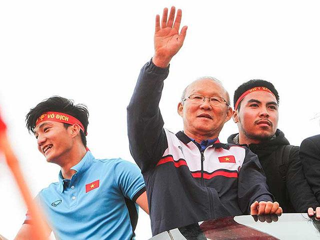 Tuyển VN chinh phục AFF Cup: Vận may song hành, chờ tài Park Hang Seo