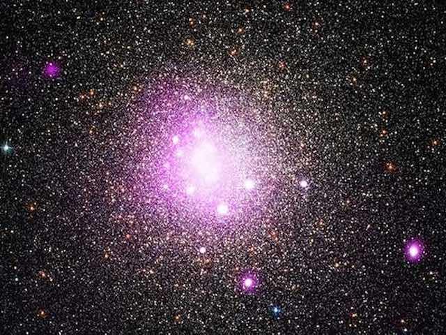 Vì sao bầu trời có màu xanh và vũ trụ có màu đen?