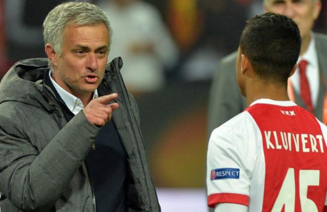 Chuyển nhượng MU: Huyền thoại cản Justin Kluivert đến Old Trafford - 1