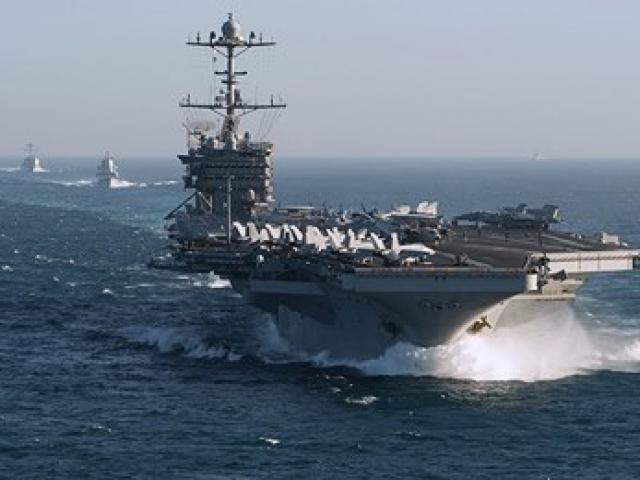 Dàn tiêm kích trên tàu sân bay USS Harry S. Truman bắt đầu không kích IS ở Syria