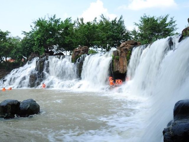"""Đến Đồng Nai """"tắm tiên"""" dưới thác Giang Điền, thăm vườn quốc gia Cát Tiên"""