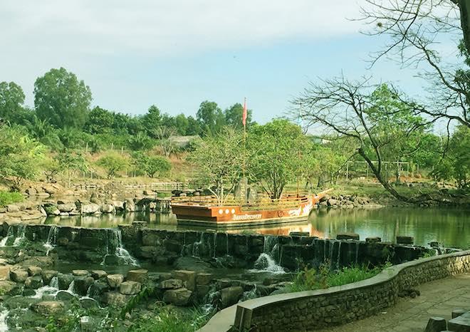"""Đến Đồng Nai """"tắm tiên"""" dưới thác Giang Điền, thăm vườn quốc gia Cát Tiên - 1"""