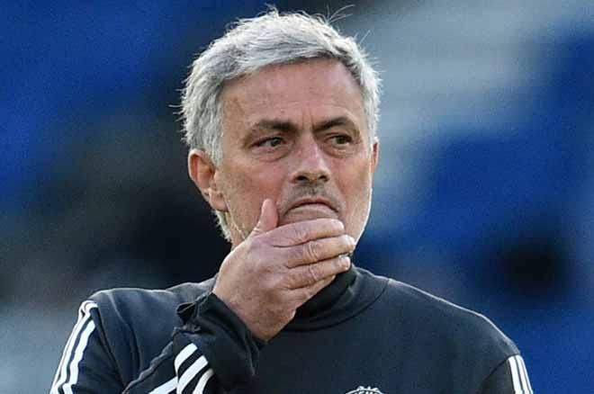 """Bất ngờ MU: Mourinho nổi """"cơn tam bành"""" với Rashford & Martial - 1"""