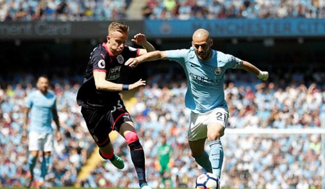 Man City - Huddersfield Town: Kịch bản khó ngờ, chiến quả xứng đáng - 1