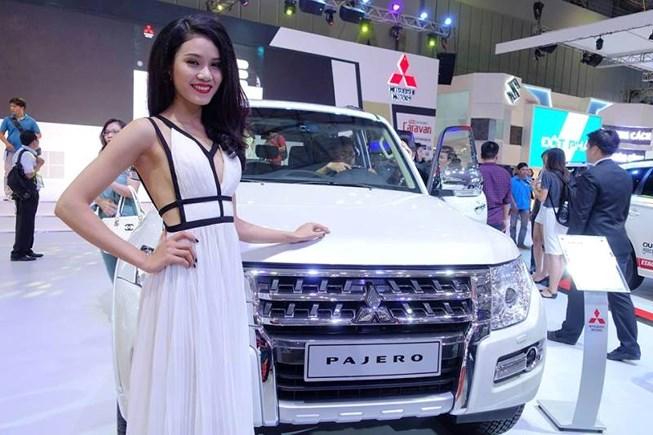 Xe nhập khẩu bất ngờ giảm giá cả trăm triệu đồng/chiếc - 1