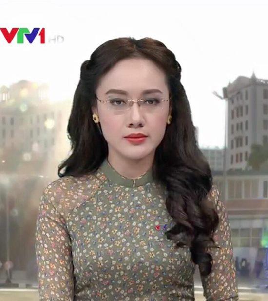 """BTV Hoài Anh VTV """"trưng cầu ý fan"""" về kiểu tóc hợp với mình nhất - 1"""