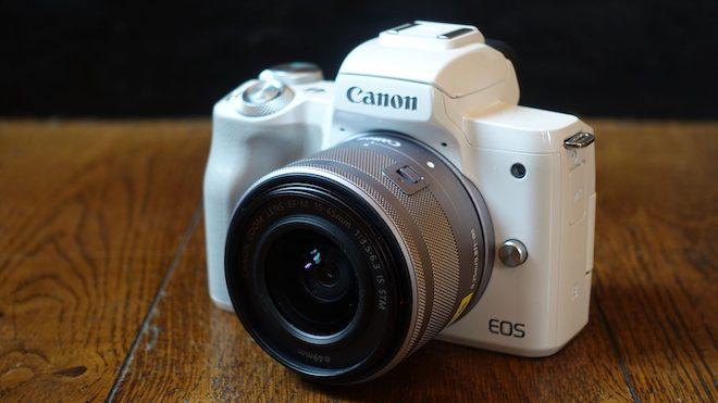 Canon trình làng máy ảnh mirrorless EOS M50 và bộ đôi DSLR giá rẻ - 1