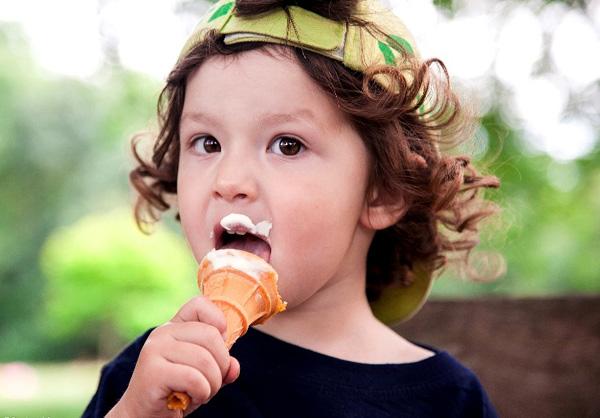 Có nên đầu tư kinh doanh kem tươi trước mùa hè? - 1