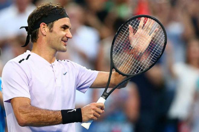 """Tennis 24/7: Federer tiết lộ bí quyết """"bắn"""" nhiều ngoại ngữ siêu việt - 1"""
