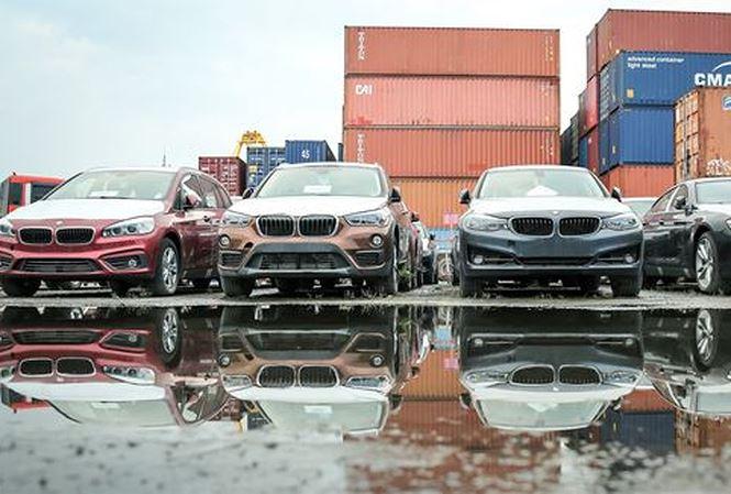 118 container chứa xe BMW vô thừa nhận ở cảng hơn 1 năm - 1