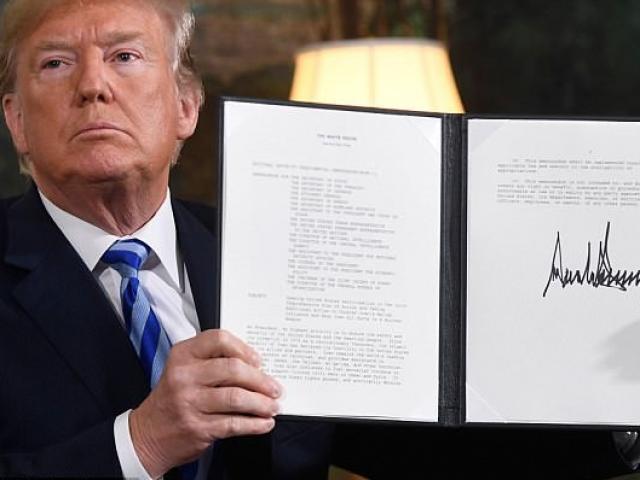 Mỹ bất ngờ rút khỏi thỏa thuận hạt nhân với Iran