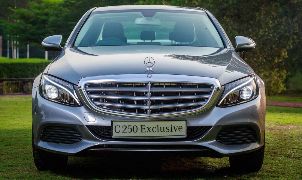 Mercedes-Benz Việt Nam trang bị thêm cho dòng C-Class, giữ nguyên giá - 1