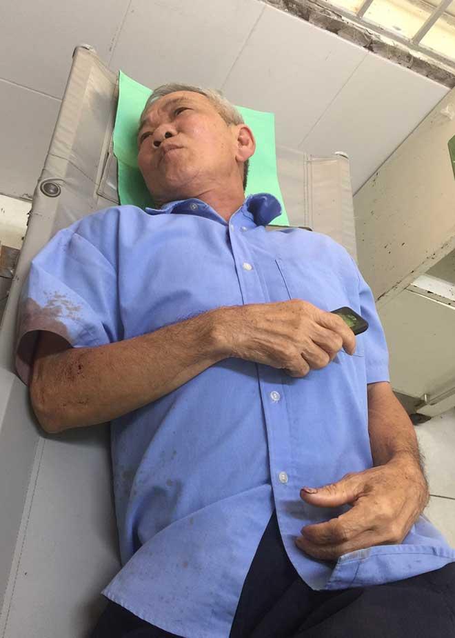 Nạn nhân kể lại phút kinh hoàng khi xe chở 30 người lật đèo Khánh Vĩnh - 1