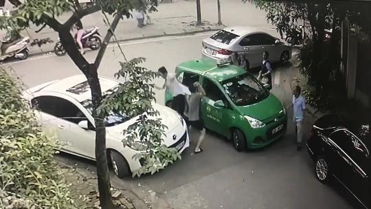 """""""Bác"""" thông tin tài xế taxi Mai Linh hòa giải với người đánh mình nhập viện - 1"""