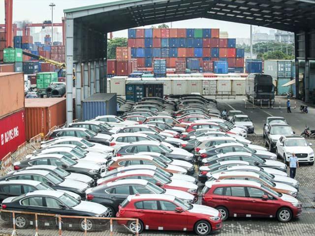 256 ôtô BMW vô chủ, nằm phủ bụi ở Cảng Cái Mép