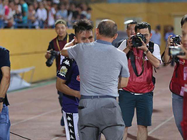 HLV Park Hang Seo hết lời khen ngợi sao U23 VN, bầu Hiển thưởng khủng