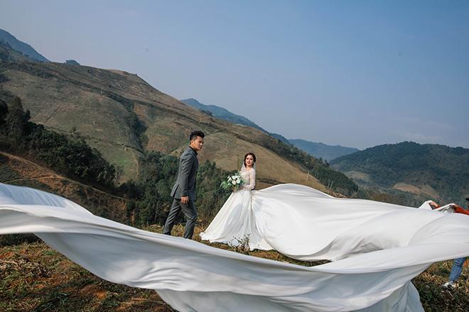 Lâm Vũ làm đám cưới với người đẹp 36 tuổi sau 3 tháng yêu - 1