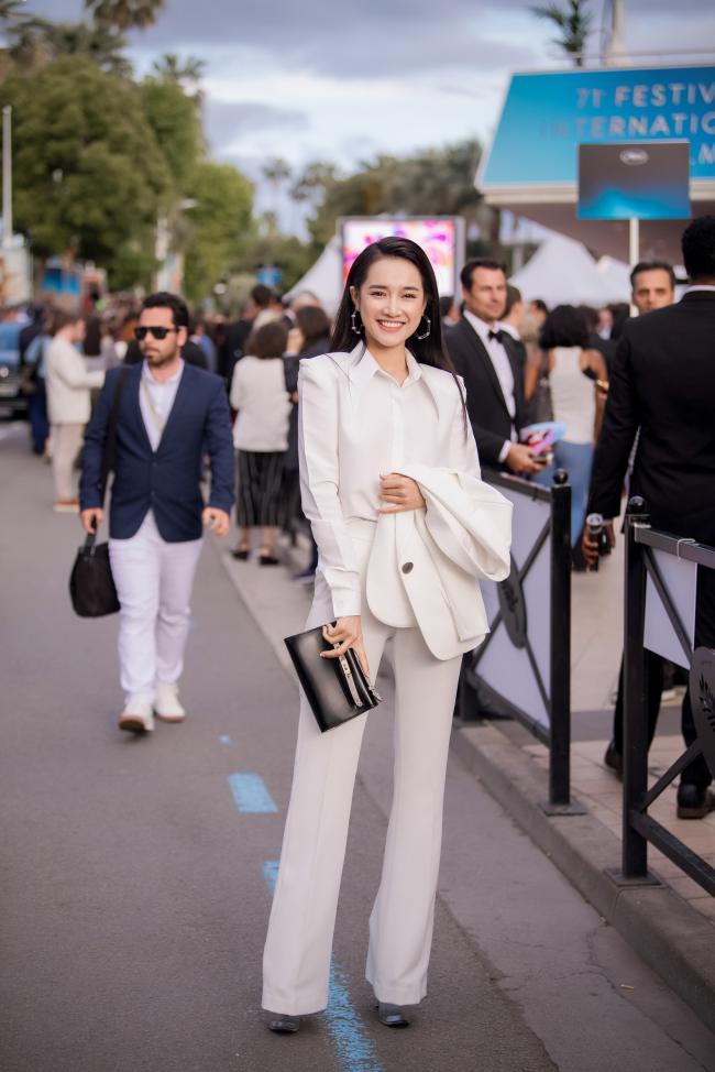 Nhã Phương cá tính với menswear ở Cannes mặc lùm xùm tình cảm - 1