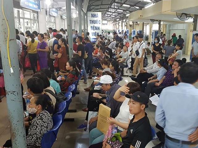 Ghé thăm những bệnh viện ở Hà Nội ngày nắng nóng như đổ lửa