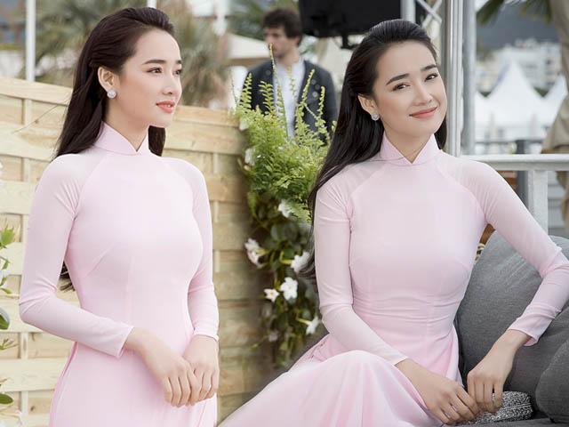 Nhã Phương diện áo dài truyền thống tại LHP Cannes