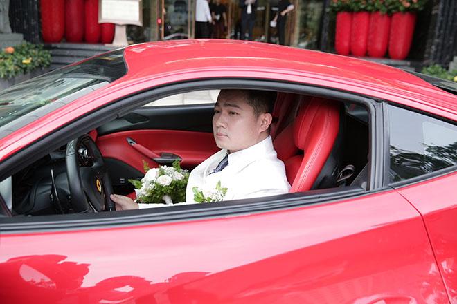 Lâm Vũ rước dâu bằng siêu xe Ferrari 15 tỷ đồng - 1