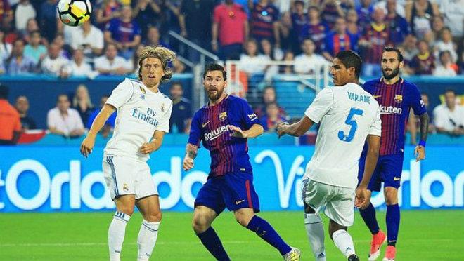 """""""Vua Liga"""" Messi bất ngờ khen Ronaldo - Real hay nhất thế giới, dễ vô địch C1 - 1"""