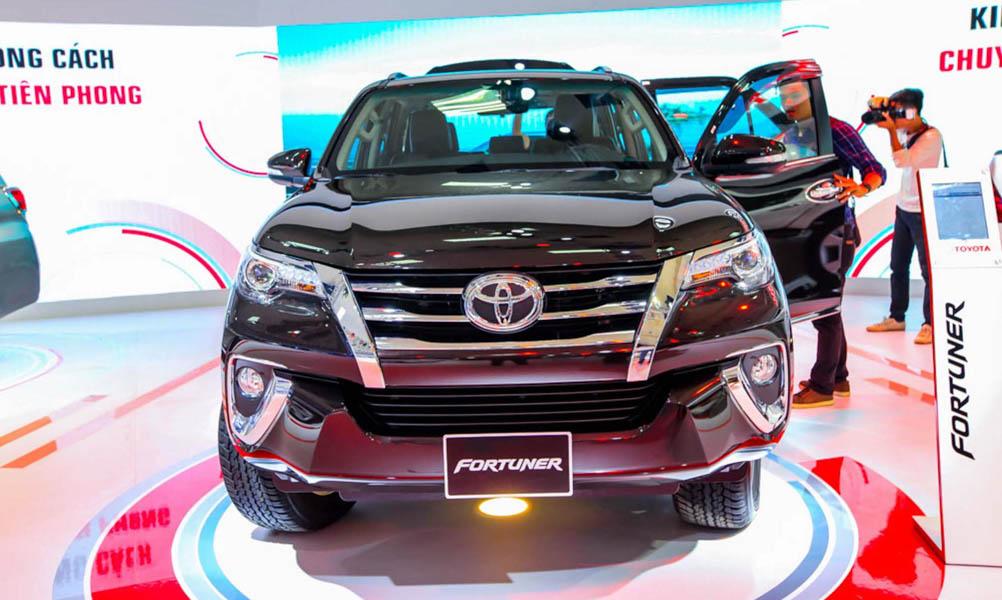 Toyota Fortuner 2017 sắp nhập khẩu trở lại, chấm dứt tình trạng khan hàng - 1