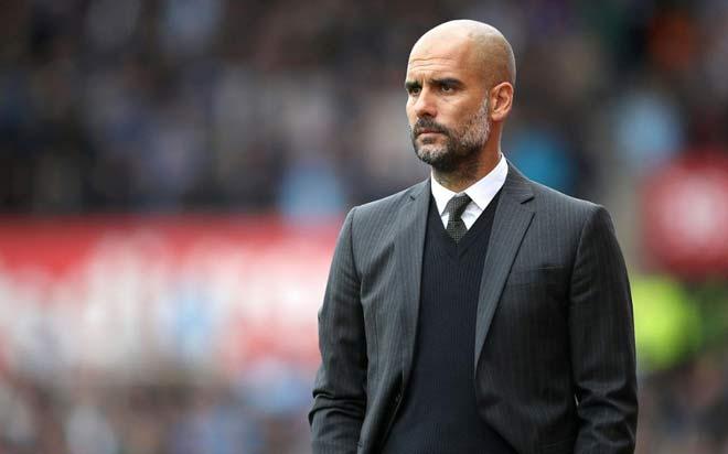 Trớ trêu: Pep ở lại Man City thêm 3 năm, Mourinho bị MU dọa sa thải - 1