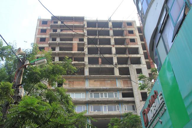 Dự án nhà cao tầng tại địa chỉ số 131 Thái Hà được xây dựng xong phần thô.
