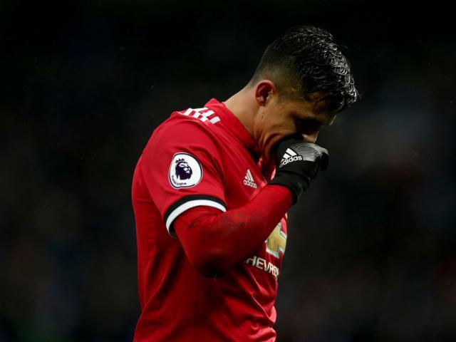 "MU thua Chelsea FA Cup: Sanchez bị fan Arsenal chế giễu ""rắn độc tham tiền"""