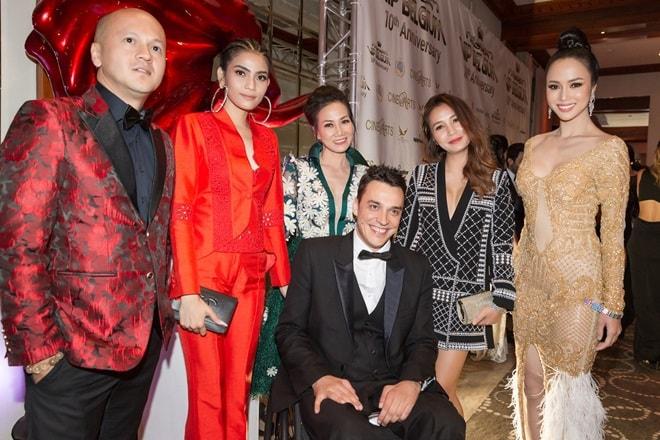 Vũ Ngọc Anh thay 3 bộ váy của NTK Patrick Phạm trong 1 sự kiện ở LHP Cannes - 1