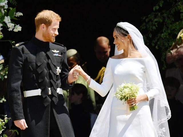 Váy cưới của 2 nàng dâu hoàng gia liên tiếp bị copy