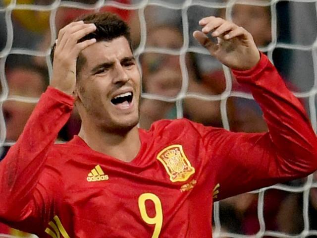 """ĐT Tây Ban Nha dự World Cup: 3 SAO Chelsea, Barca bất ngờ bị """"ghẻ lạnh"""""""