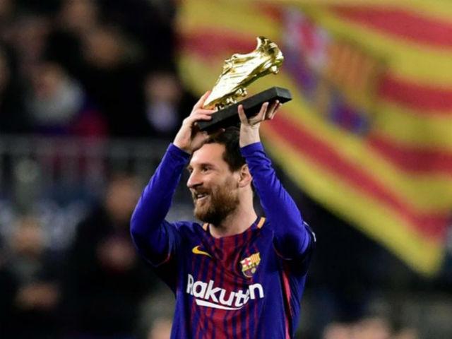 Barca nâng cúp La Liga: Messi gom kỷ lục Giày vàng, Iniesta rơi lệ ra đi