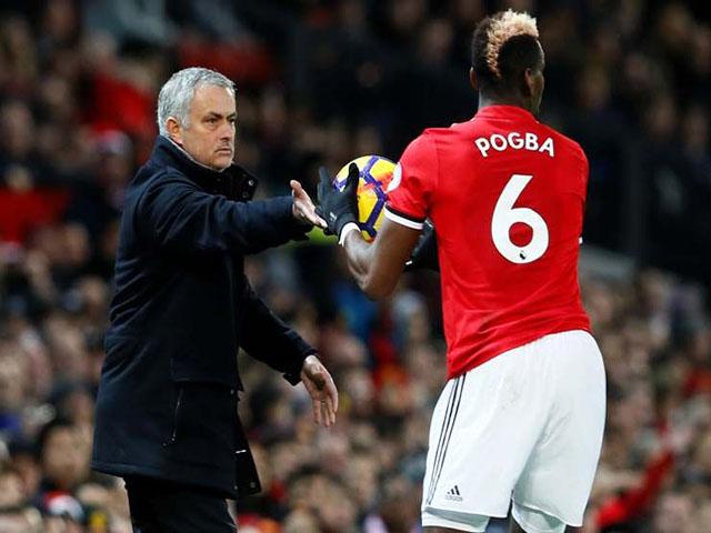 """Pogba """"bật"""" Mourinho, tháo chạy MU: Công khai mâu thuẫn, về PSG ẵm cúp C1"""
