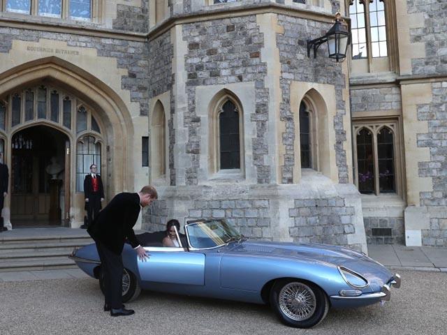 Chiếc Jaguar làm xe hoa cho Hoàng tử Anh Harry có gì đặc biệt?